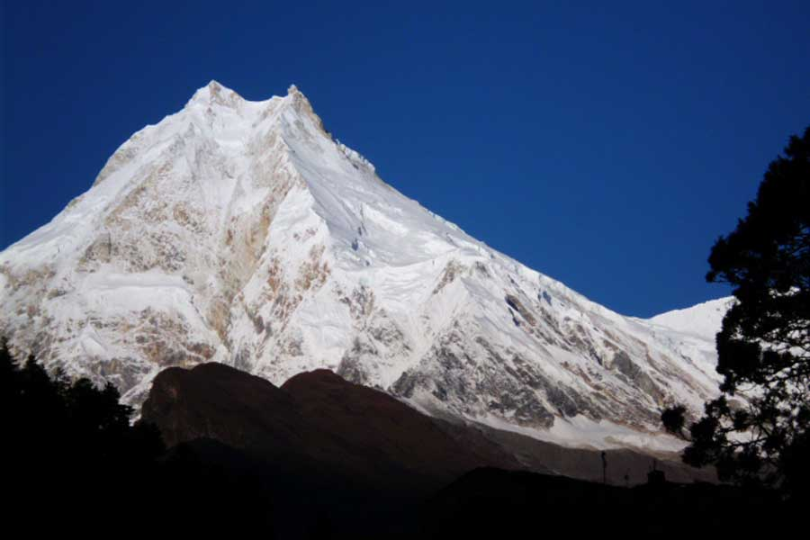 Click to enlarge image manaslu6.jpg